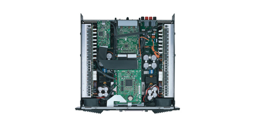 雅马哈为专业音频领域奉献高品质声音的历史已超过30年。 当今的Tn 系列功放已在放大、效率、音质和低阻驱动能力等方面达到了一个新的高度。 目前TXn系列功放将行业领先的几种雅马哈技术集于一身——放大、处理和网络性能。 三台新型功放不仅具备级高的电效率和源于2-ohm负载的优良音质,前面板用户界面还提供了复杂的内建DSP ,使得对外接EQ、延迟和音箱处理器的需求程度降到最低。 所有型号都配置有模拟输入和直接数字输入,在数字和模拟之间还提供了自动容错冗余切换功能 。 输入配置还可以按需